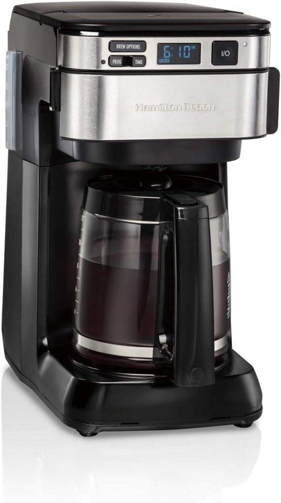 ماكينة صنع القهوة الذكية.